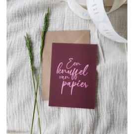 Een knuffel van papier