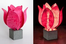Tulip Lamp, kleur donker roze