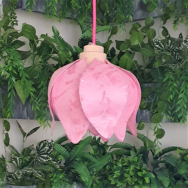 Tulp Hanglamp (pendant lamp)- kleur(colour): licht roze/light pink