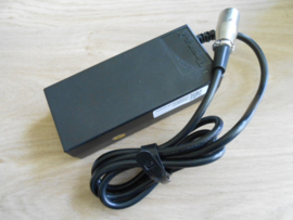 Acculader 2 amp. voor 24 volt batterij
