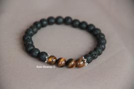 Armband met lava zwarte en tijgeroog stenen en stuurwiel spacers