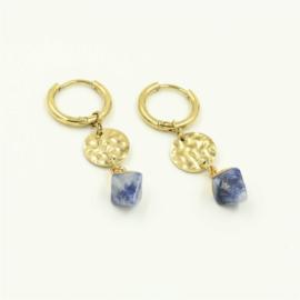 Oorbellen goud blauw steentje