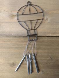 Luchtballon Zonnevanger Windgong streep