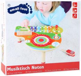 Houten muziektafel muzieknoten