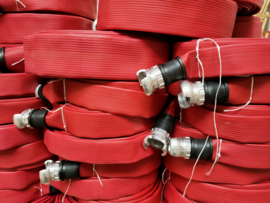 "Brandslang professioneel Heavy Duty NBR / PVC rood 45 mm ( 1 2/3"") x 20 meter + DSP koppelingen"