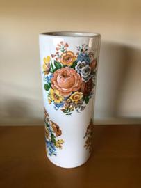 Vintage vaas met bloemen