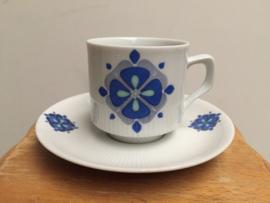 Kop & schotel blauwe bloem