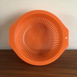 Vintage oranje vergiet