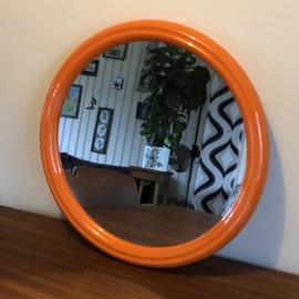 Vintage oranje spiegel