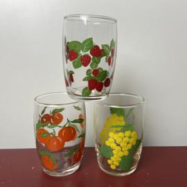 3 vintage fruitglaasjes