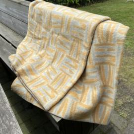 Vintage wollen deken van Wijk