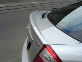 FORD MONDEO MK3 HATCHBACK REAR SPOILER