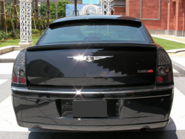 CHRYSLER 300C REAR SPOILER