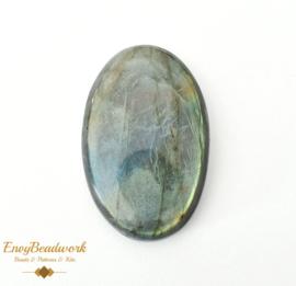 gem-022 Labradorite 36x23x7mm