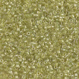 db0910 Sparkling Yellow Green Lined Crystal