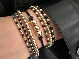 Armband Silk zwart met real gold plated balletjes op satijnkoord