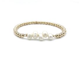Armband Hafsa met parels en gouden balletjes