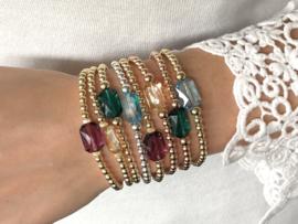Armband Shiny met groen Swarovski crystal en rosé real gold plated balletjes