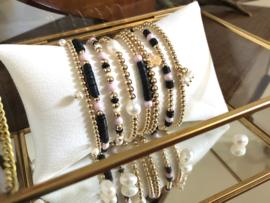 Armband Kyara met real gold plated balletjes en roze Swarovski pareltjes