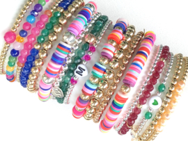 Armband Anouk met zilveren balletjes en gekleurde schijfjes