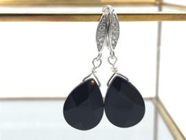 Sterling zilveren oorbellen met facet geslepen zwarte onyx en zirkonia