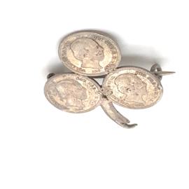 Occasion broche met 3 munten 5 cent 1850