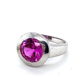 Zilveren ring met grote roze zirkonia steen