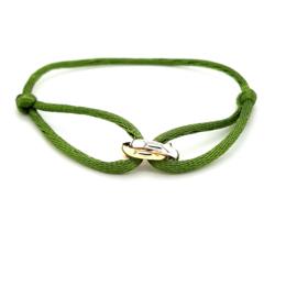 Armband satijn midden groen 3 rondjes