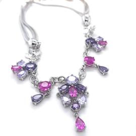 Nieuw zilveren collier met roze en paarse zirkonia stenen
