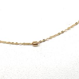 Geelgouden fantasie collier met kleine buisjes