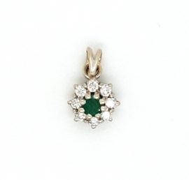 Occasion entourage hanger met smaragd en diamant 0.24ct VSI H