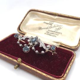 Occasion prachtige broche met roosdiamanten en koningsblauwe saffieren