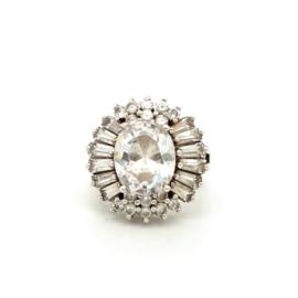 Occasion zilveren ring rijkelijk bezet met diverse witte zirkonia's