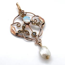 Occasion hanger met opaal en zaadpareltjes