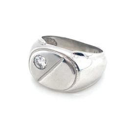 Nieuwe zilveren ovale herenring met zirkonia