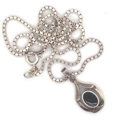 Collier zilver met onyx hanger