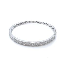 Occasion witgouden bangle scharnier sluiting  bezet met diamant 2.26ct
