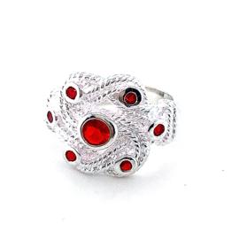 Nieuwe mattenklopper ring met rode zirkonia's