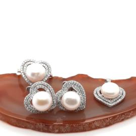 Zilveren set hart met witte zoetwaterparel en zirkonia's