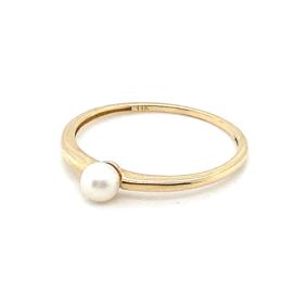 Occasion gouden ring met een zoetwaterparel