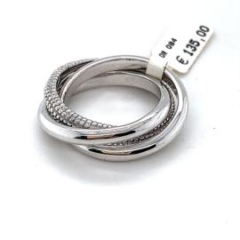 Nieuwe zilveren trinity ring