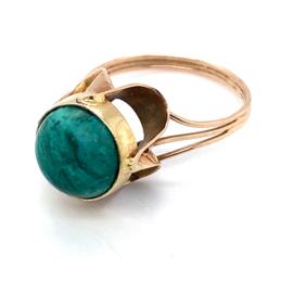 Occasion gouden ring met een malachiet