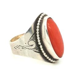 Occasion ring met bloedkoraal en zilver pareldraad