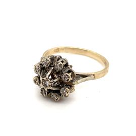 Occasion witgouden entourage ring met 9 diamanten 0.10ct