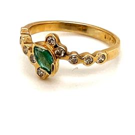 Occasion geelgouden ring met smaragd en diamant 0.30ct