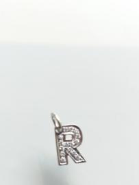 Occasion witgouden bedel letter R met diamant 0.075ct