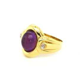 Occasion gouden ring met amethist en 2 diamantjes 0.06ct