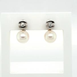 Occasion oorhangers met zoetwater parels en diamant