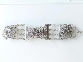 Vintage zilveren armband bloemen