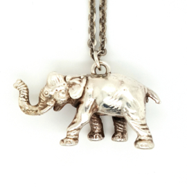 Occasion olifant aan lange ketting